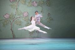 Snödrottningen (Scen 6) - Laurie Nielsen som Gerda och -Vincent Vernal som Kay i kärleks-pas-de-deuxen