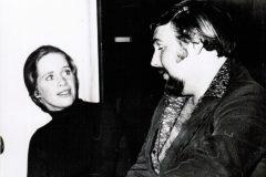 Hollywood - Roland med Liv Ullmann som jobbade på sin Hollywood karriär mot Gene Kelly och Edward Albert i 40 Carats