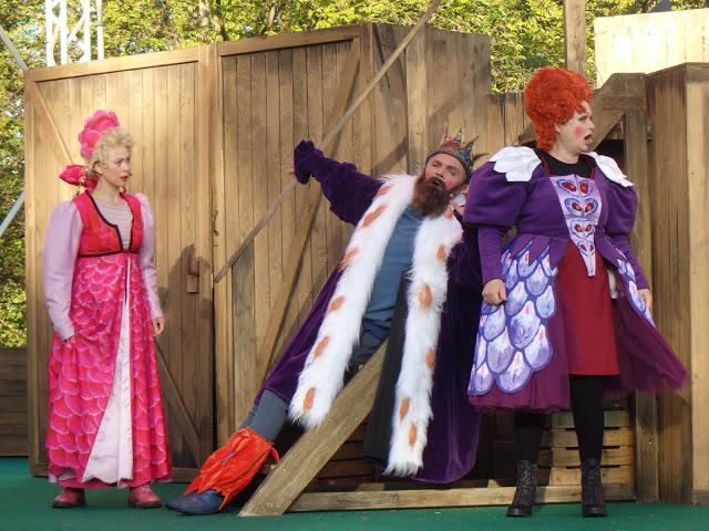 Ofelia, Kungen och Maria Kulle - Foto: Belinda Graham