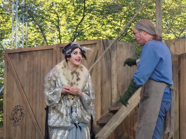 Slottsspöke söker jobb som trädgårdsmästare - Foto: Belinda Graham