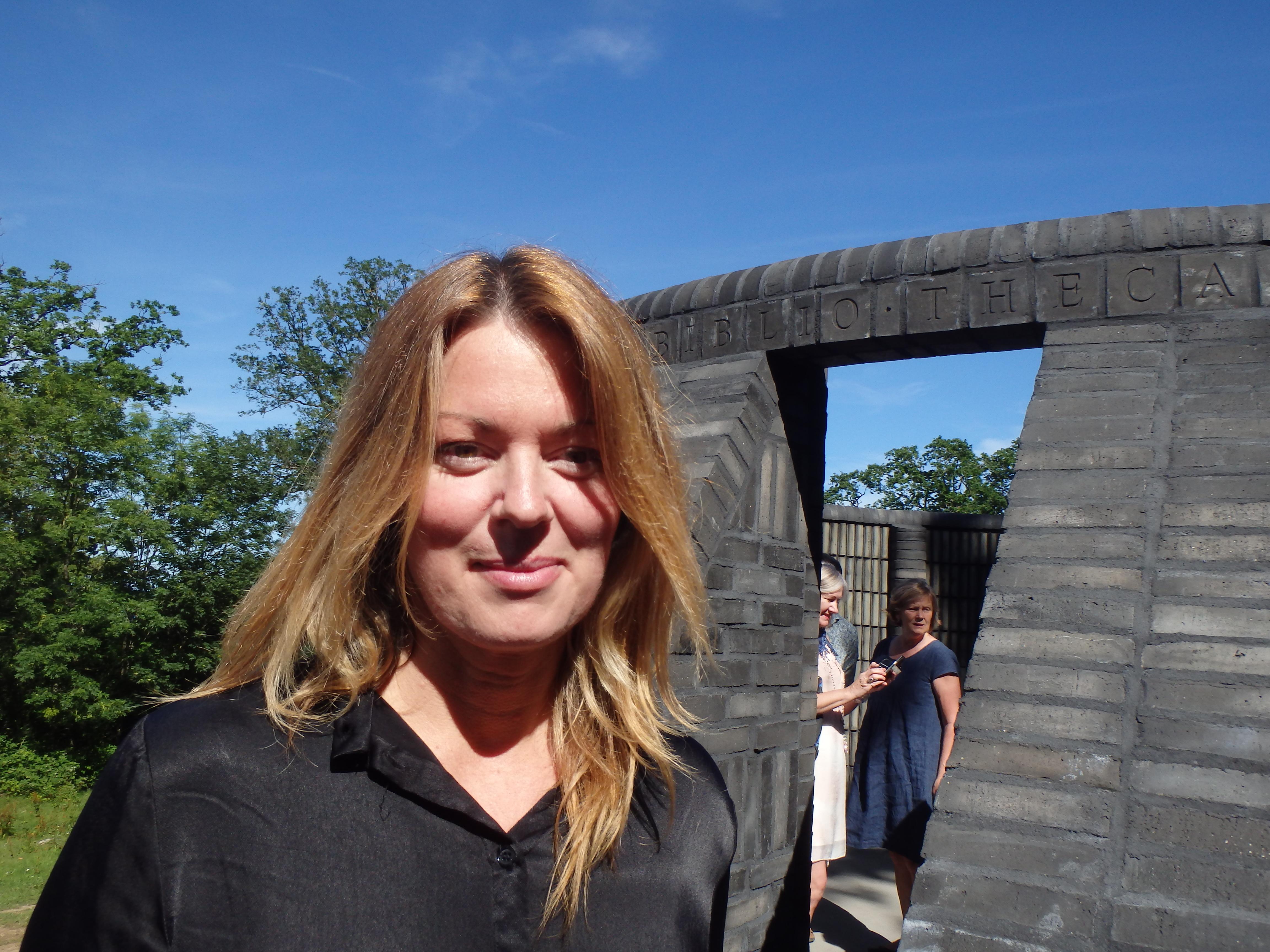Akademiledamoten Anne Swärd invigningstalade - Foto: Belinda Graham