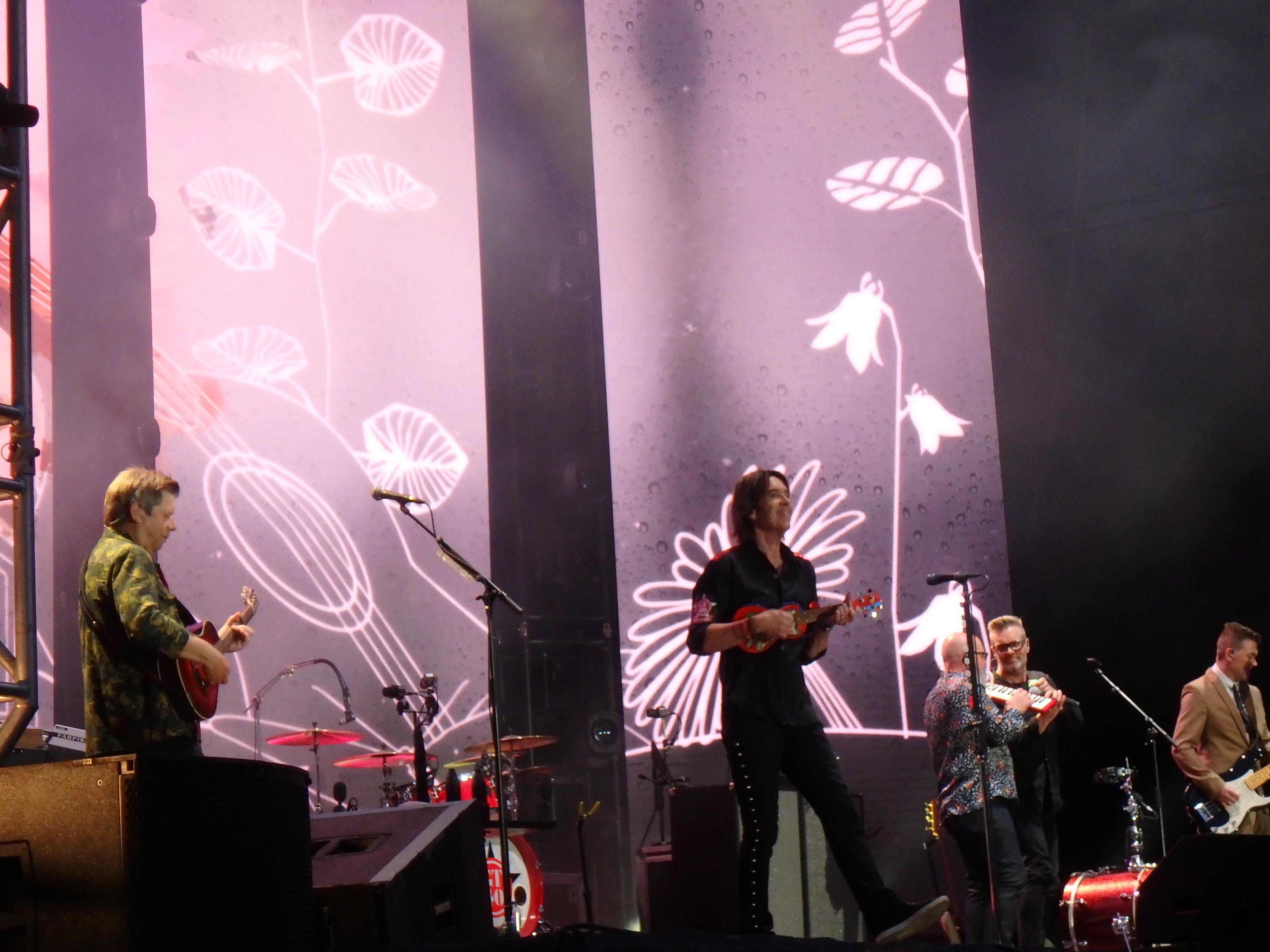 Tuffa tider för en drömmare och en ukulele... - Foto: Belinda Graham
